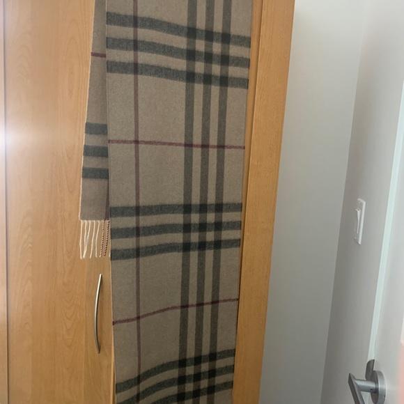Cashemire Burberry scarf